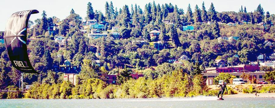 Columbia River Gorge - Hood River Kiteboarding - Top 5 USA Kiteboarding locations