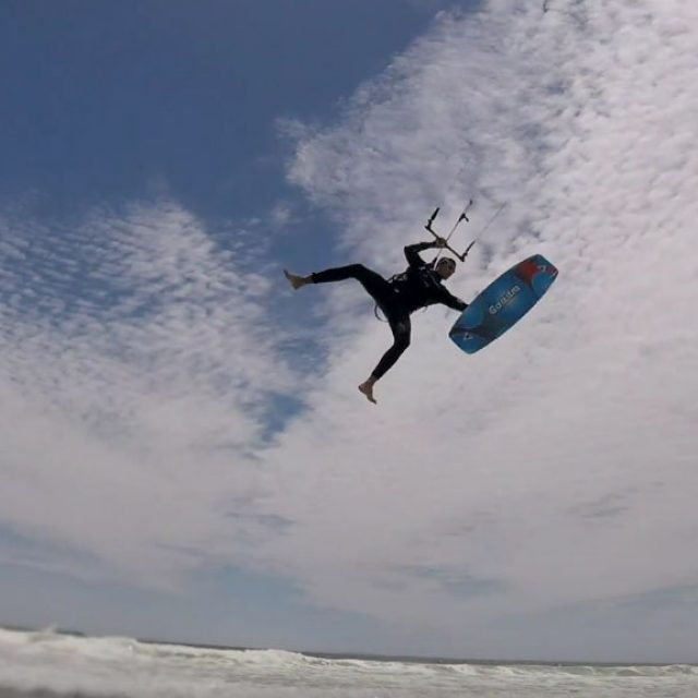 Light Wind Delight – Old shool Kiteboarding Tricks Cape Town – KiteRoute